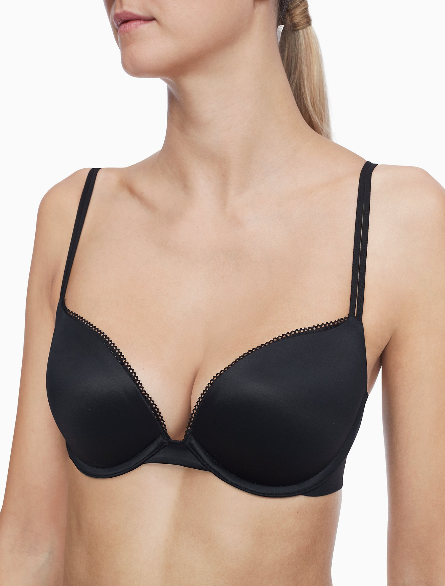 Liquid Touch Push Up Plunge Bra